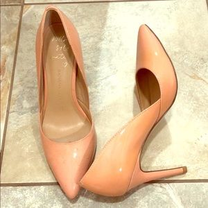 Banana Republic peach heels, size 6